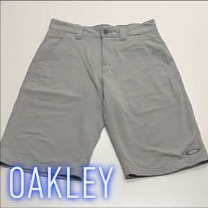 OAKLEY Mens 28 Gray Stretch Shorts